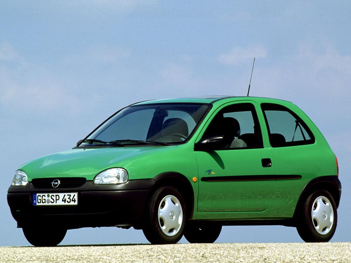 Снимки: Opel Corsa B